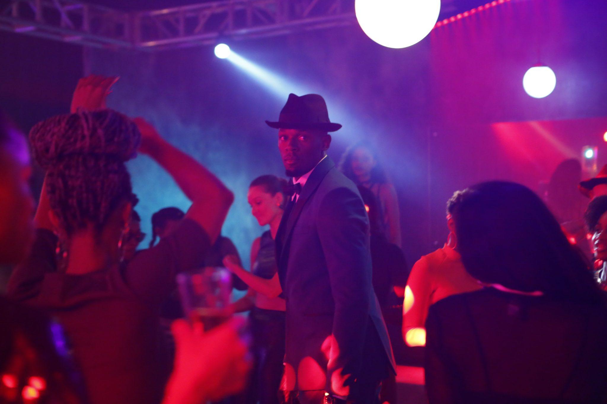 J'ai dansé en Jamaïque avec Usain Bolt  3ème partie: Tourner avec Usain Bolt: check.